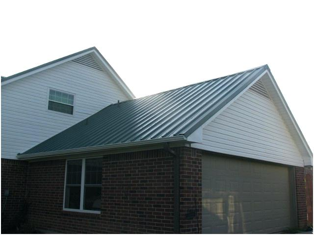 Becoming a Roof Contractor